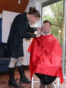 141021_holiday-haircut_12